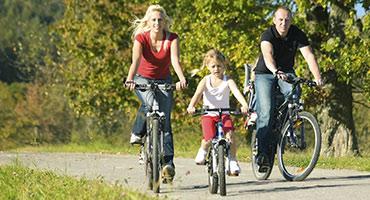 Fietstocht-met-familie-door-Friesland