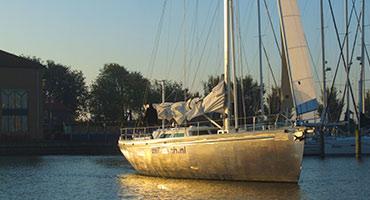 Jachtzeilen-op-het-IJsselmeer