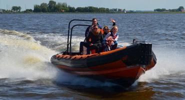Speedboot-en-RIB-varen