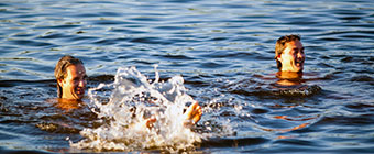 Zeilen-en-zwemmen-in-Loosdrecht